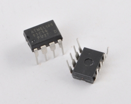 ATMEL AT93C56 93C56 DIP-8 Serial EEPROM