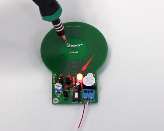 DIY Kit Simple Metal Detector Metal Locator 3V 5V DC Electronic Production Met